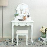 Toaletný stolík Madame de Pompadour